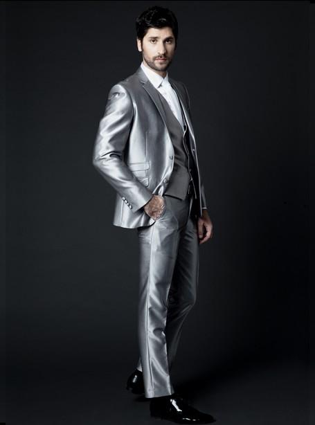 Costume ceremonie gris argent